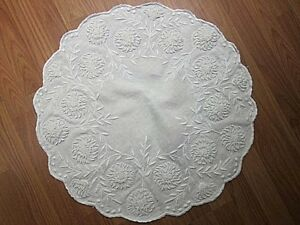 Antique Vtg White Linen Table Topper Bullion Padded Satin Stitch French Knots