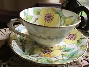 Tuscan Brabmbly Yellow Roses Fine Bone China Cup Saucer Vintage
