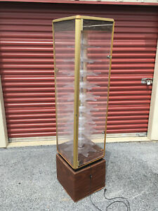 Vintage Tall 70 Lighted Slow Rotating Gold Plexiglass Display Case With Key
