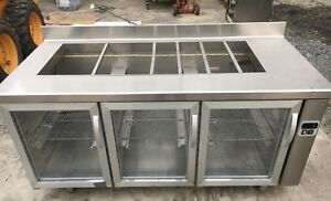 Custom Coreco Cold Table Commercial Refrigerator Remote Compressor Led Lighting