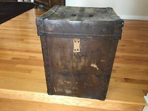 Antique Steamer Trunk Chest Large Vintage Shipping