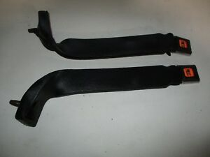 81 90 Jeep Wrangler Yj Cj Driver Passenger Side Female Seat Belt Receiver Set