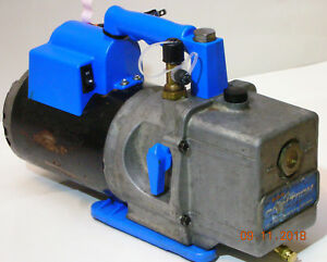 Robinair Model 15600 6 Cfm Vacuum Pump