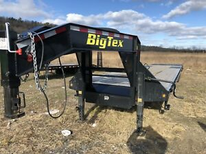 2019 Bigtex Trailer 25gn 40ft Dual Tandem Axles Slightly Used