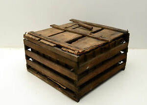 Antique Egg Crate Carrier Farm Chickens Midwest