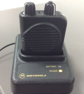 Motorola Minitor 4 Minitor Iv Pager With Charger Ac Adapter 1f Sv A03kus9238bc