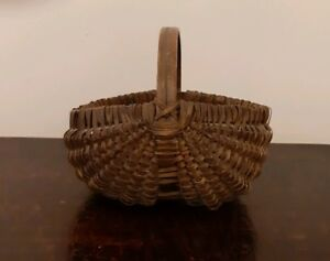 Antique American Splint Wood Buttocks Small Gathering Basket Carved Handle 1800s