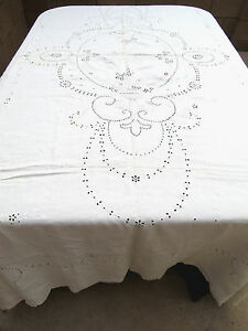 Antique Linen Embroidered Floral Tablecloth Cut Work 68x96
