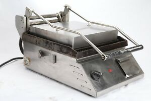 Star Cg14 Commercial Two sided Grooved Sandwich And Panini Grill 240v