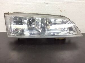 94 97 Accord Right Passenger Headlight Beam Unit Lamp Light Plastic Lens Oem