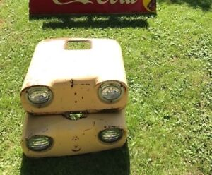 Rare Vintage Case Tractor Front End W 2 Lights Price Is Per Each