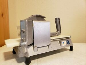 Nemco 55600 Easy Tomato Slicer Used In Great Condition Commercial Restaurant