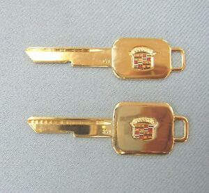 Rare Cadillac Yellow Gold Plated A b Crest Keys 1967 1971 1975 1979 1983 1986