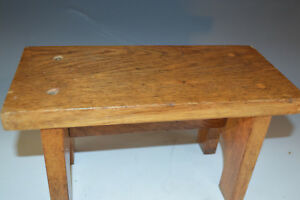 Antique Oak Petite Top Foot Stool Bench Kitchen Kettle Stand