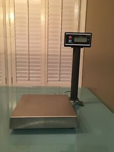 Avery Berkel 160 Oz Scale With Pole Display Great Condition