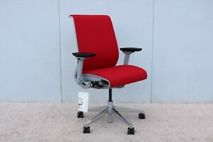 Steelcase Ergonomic Executive Think Chair In Red Fabric Fully Adjustable New