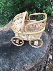 Antique Victorian Wicker Miniature Baby Doll Carriage Buggy