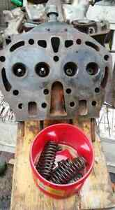 John Deere Early Styled B Tractor Cylinder Head B1306r Unstyled Jd Pulling