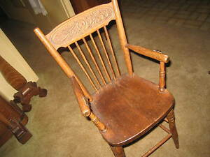 1 Antique Pressed Back Oak High Chair Toddler Doll Teddy Bear Pick Up Calif