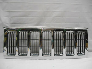 07 08 09 10 Jeep Commander Front Grille Grill P N 55156975ad 2007 2010 Oem M556