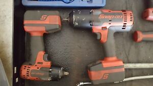 Snap on 18v Lithium Cordless Impact Wrench Set 3 8 Ct8810a 1 2 Ct8850
