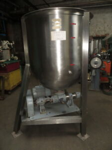 Stainless Steel Approx 700 Liters Vertical Tank With 3 Hp Transfer Pump Used