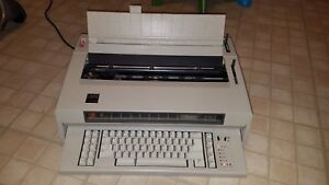 Vintage Ibm Quietwriter 8 Electric Typewriter Free Shipping