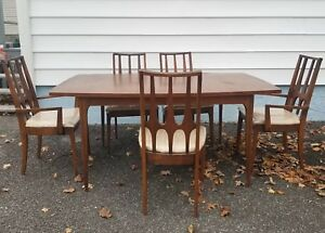 Mid Century Modern Broyhill Brasilia 5 Dining Chairs And Table Set