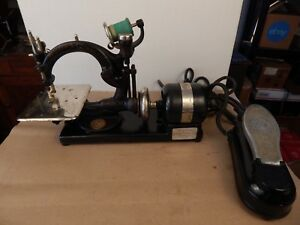 Antique Willcox Gibbs Chain Stitch Sewing Machine W Motor Foot Control Nice
