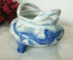 Vintage Porcelain Blue And White Chinese Dragon Water Pot Handles Footed
