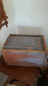 Early Antique Primitive Candle Box With Great Original Paint