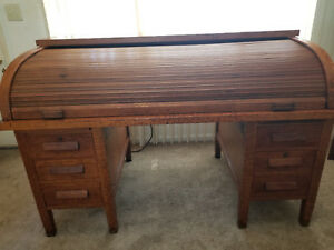 Quarter Sawn Oak 1920 S Rolltop Desk C Shape