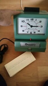 Acroprint Time Recorder Clock Model 125nr4 Key Missing Clock Works