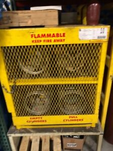 Forklift Propane Tank Storage Cage 36 X 32 Marked Flammable Included 4 Tanks