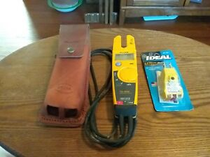 Fluke Ts 1000 Electrical Tester And Ideal Gfci E z Check Plus 61 051