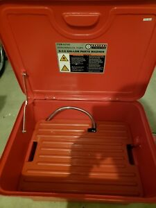Central Machinery 62743 6 5 Gal Portable Parts Washer With Pump