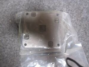 Vickers Dgms 3 1e 10 s Sub plate New