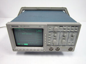 Tektronix Tds320 Digital Oscilloscope 100mhz 2 ch 500 Ms S Tds 320