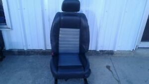05 09 Mustang Black Gray Leather Driver Left Front Power Seat Assembly