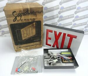 Lithonia Lighting Es1r 120 Eln Emergency Exit Sign new With No Battery