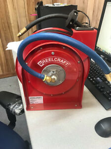 Reelcraft Air Hose Reel W 5 16 X 25 Contitech 300psi Hose New Out Of Box