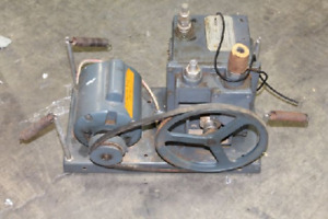Vacuum Pump Welch Duo seal Model No 1402