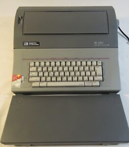 Smith Corona Sl 580 Model 5a 1 Electric Typewriter With Dictionary
