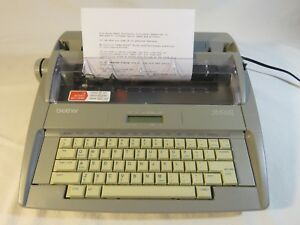 Brother Sx 4000 Electronic Typewriter W Lcd Display Daisywheel 78 000 Dictionary