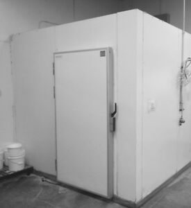 Walk in Cooler 9 X 11 X 4 Feet High White Color Used