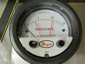 New Dwyer 3215 hp Photohelic 0 15 Psi Pressure Switch Gauge 80psig Max