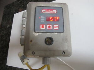Process Technology Thermocouple D Temperature Controller W wired Plugs