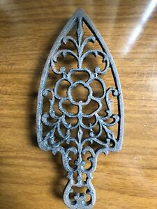 Antique Vintage Cast Iron Trivet