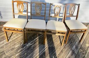 4 Vintage Stakmore Folding Chairs