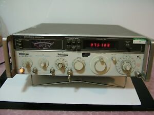 Hp agilent 8640b Signal Generator As Is For Parts